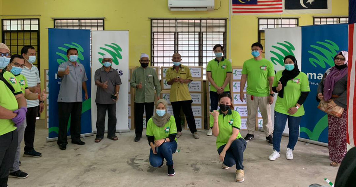 Maxis ramps up efforts beyond connectivity to support communities affected by floods